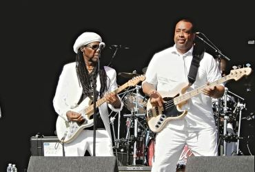 Nile Rodgers and CHIC with Kaiser Chiefs